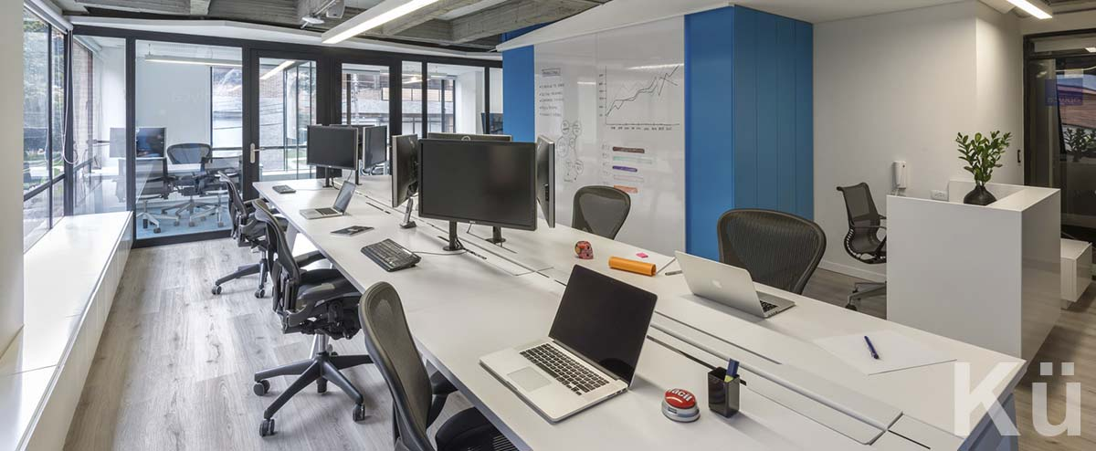 Arquitectura colombia dise o de oficinas adecuaci n de for Software diseno de oficinas